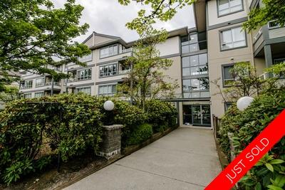 Collingwood Apartment for sale: Connaught 1 bedroom 608 sq.ft. (Listed 2019-08-06)